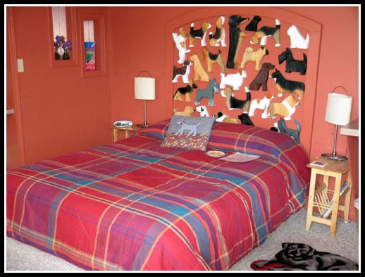 Dog Bark Park Inn Rooms