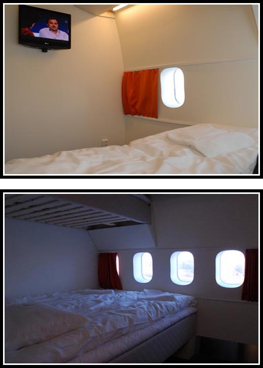 Twin rooms are equipped with two 90 cm beds and sleeps up to two adults.