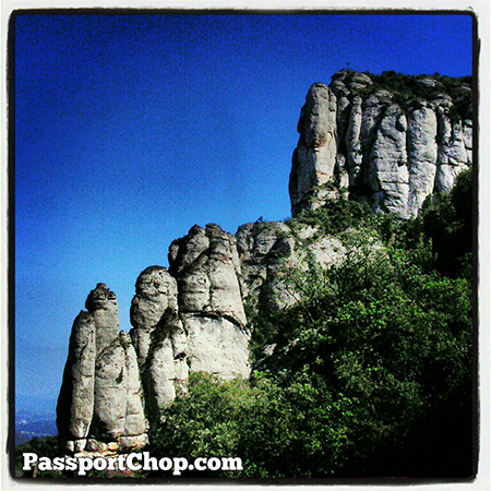 Spain Barcelona Travel Beautiful Montserrat rock formations @SpainSEA @montserratinfo @cheaptickets_sg
