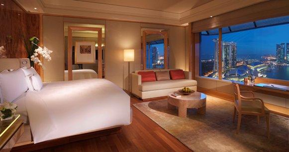 Marina Bay Deluxe Ritz Carlton