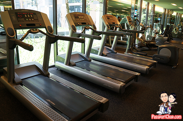 Crowne Plaza Changi Airport Terminal 3 Staycation Singapore Traveller-Friendly Gymnasium Well Equip Free Weights Machines