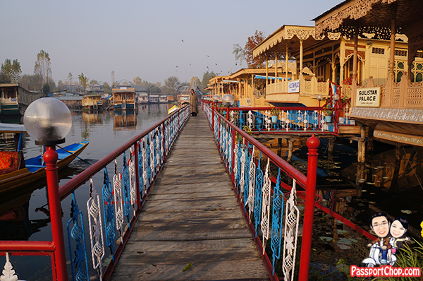Bostan Gulistan Houseboat Srinagar Kashmir India Home cooked Ashraf Guru Butler Abdul Dal lake
