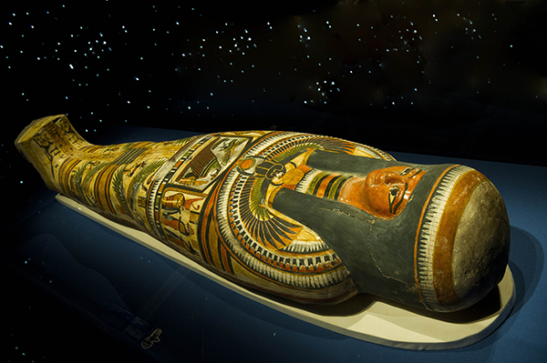 Mummy of Nesperennub in cartonnage case
