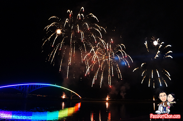 西瀛虹橋海堤觀賞煙火施放 xiyu Rainbow Bridge firework Festival only on Monday and Thursday Penghu Makung City