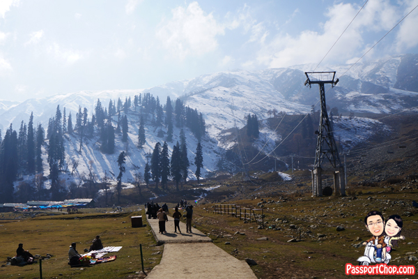 Gulmarg Gondola cable car up Mount Aparwath Phase 1 and Phase 2 Kungdoor snow Capped Mountains