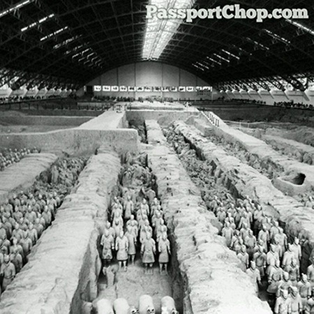 兵马俑 Terracotta Army Bin Ma Yong Qin Emperor Pit 1 秦始皇兵马俑 Museum of the Terra-cotta Warriors and Horses of Qin Shihuang