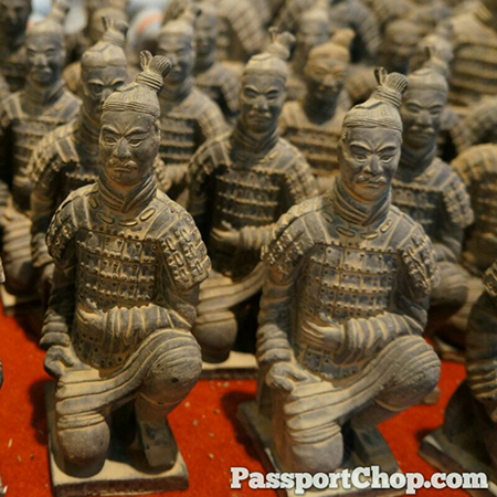 兵马俑 Terracotta Army Model Bin Ma Yong 秦始皇兵马俑 Museum of the Terra-cotta Warriors and Horses of Qin Shihuang