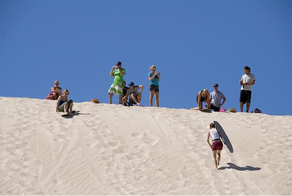 Kangaroo-Island-Little-Sahara-Sandboarding
