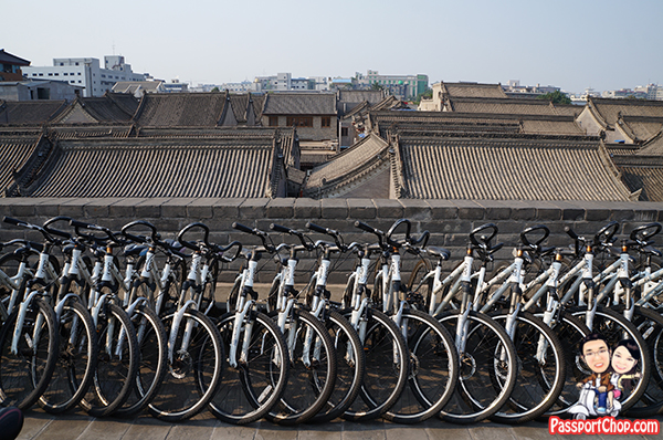 xian city wall china cycling