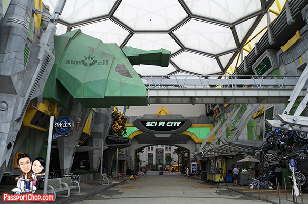 Universal-Studios-Sci-Fi-City