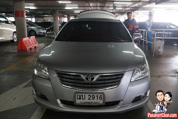 Bangkok-Blacklane-Airport-Transfer-Camry-Toyota