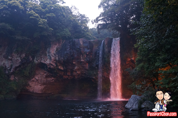 cheonjiyeon-falls-seogwipo-jeju