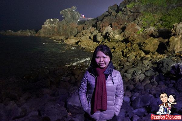 yongduam-dragon-rock-front-view