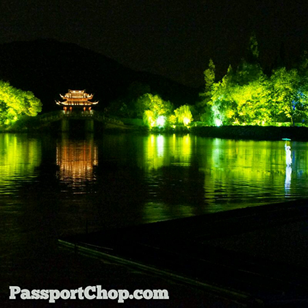 Hangzhou-West-Lake-Performance