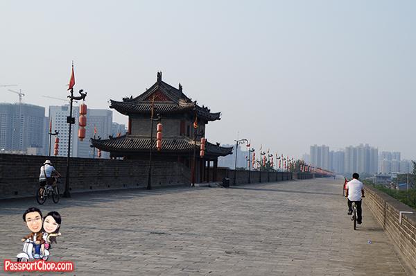 Xian City Wall Cycling