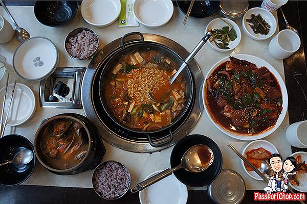 black-pork-tofu-kimchi-hotpot-jeju-seongsan-food