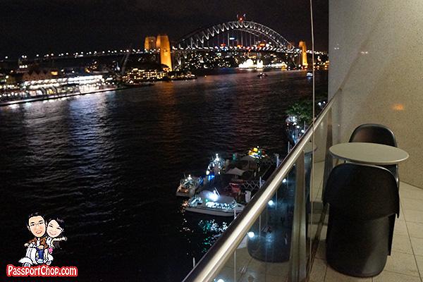 sydney-pullman-balcony-suite-view-harbour-bridge
