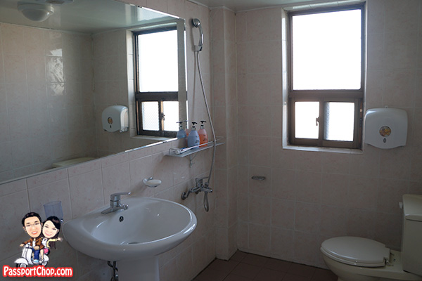 jeju-feliz-telcon-hotel-review-bathroom