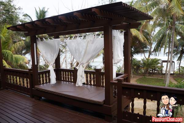 tanjong-jara-resort-serambi-seaview-balcony