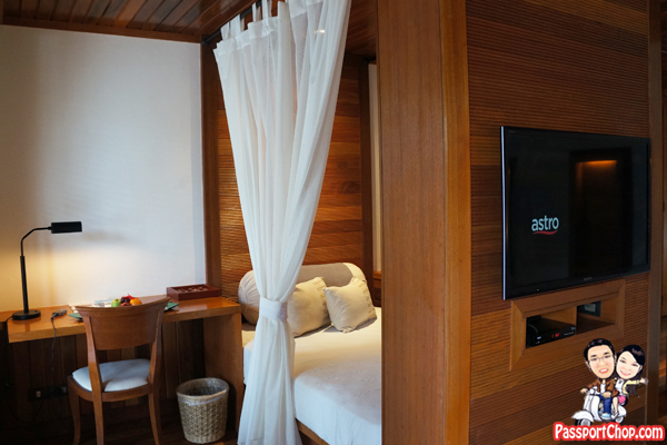 tanjong-jara-resort-serambi-seaview-day-bed