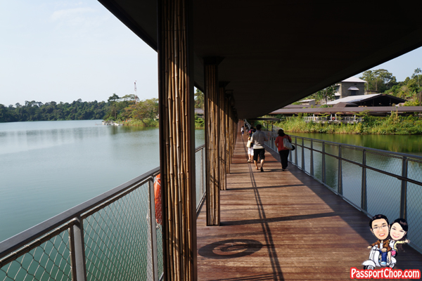 river-safari-singapore-covered-walkways