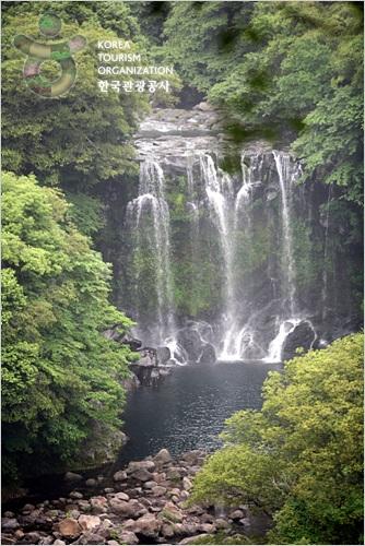 cheonjeyeon-waterfall-jeju