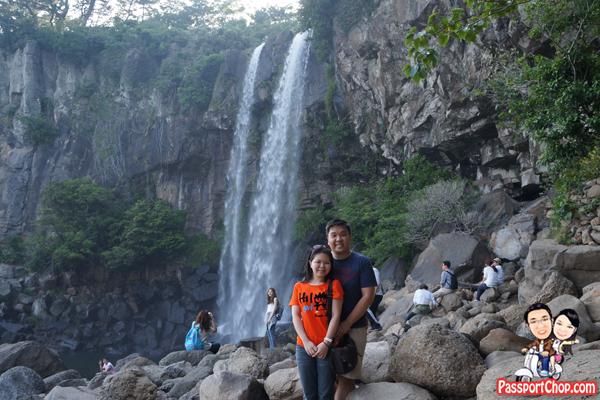 jeongbang-falls-jeju-seogwipo