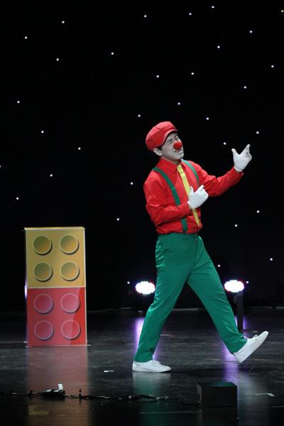 Ted Kim Resorts Genting Show Magic
