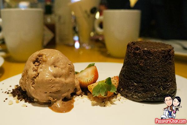 White-Truffle-Lava-Chocolate-Cake-qsfishbar