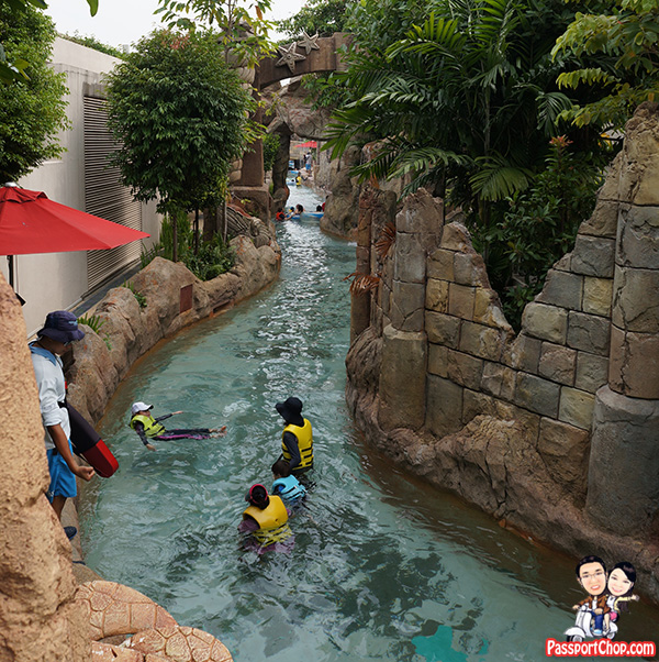 adventure-river-marine-life-park-resorts-world-sentosa