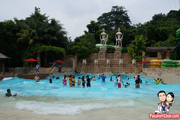 bluwater-bay-adventure-cove-waterpark-waves