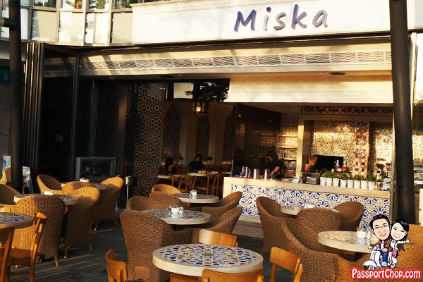 quayside-isle-miska-cafe-dining