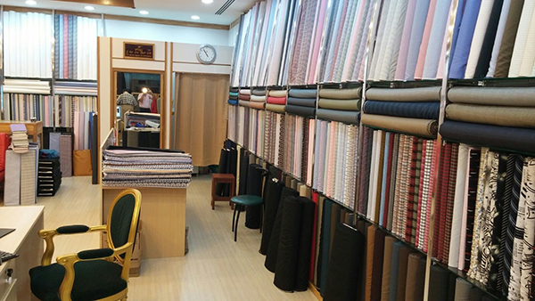 lee fashion tailor bangkok fabric selection