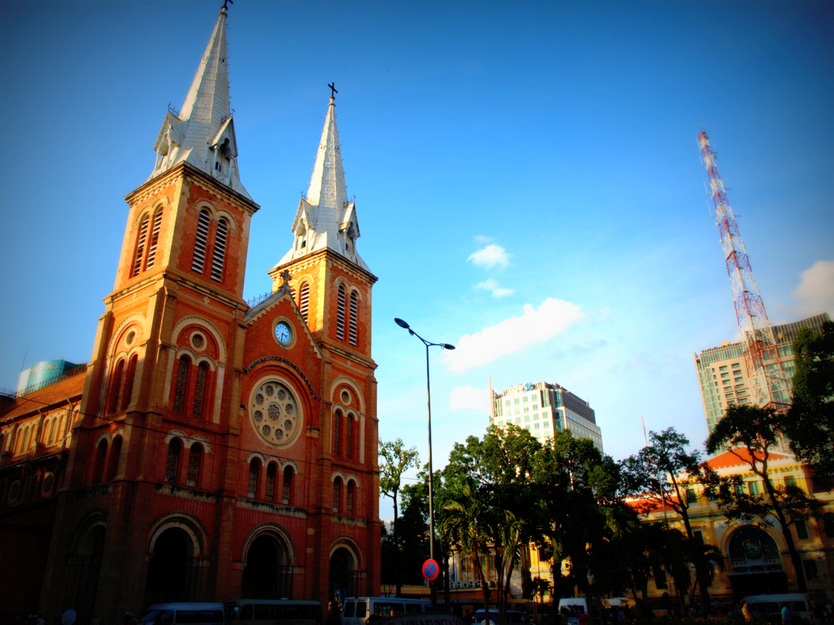ho chi minh notre dame cathedral