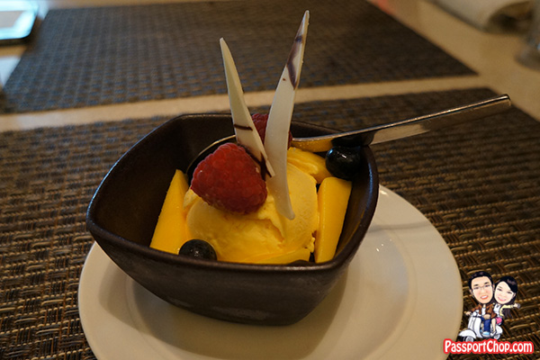 10 at claymore pan pacific ala carte mango ice cream