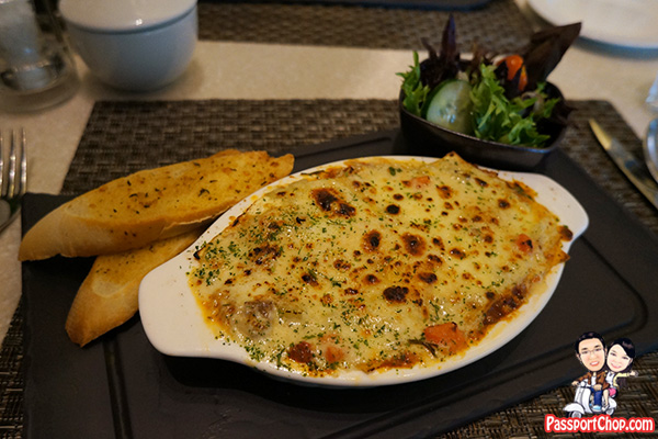 10 at claymore pan pacific orchard lasagne