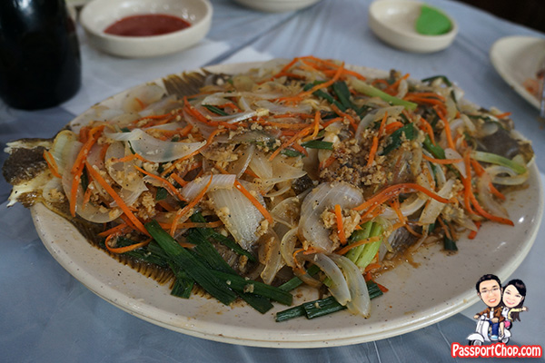 noryangjin fish market seafood fried steamed fish cooked