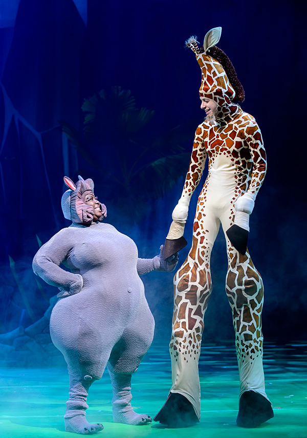 madagascar live singapore marina bay sands giraffe hippo gloria