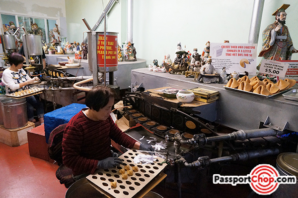 chinatown-fortune-cookie-factory-san-francisco