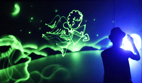 light-drawing-painter-hero-seoul-jeju-performance-review