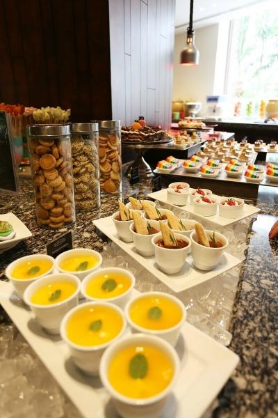 cafe lbd dessert tarts buffet renaissance jb hotel