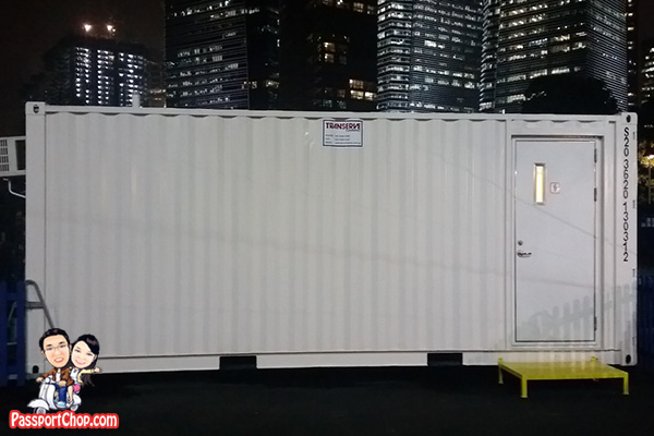 container toilet totem cirque soleil big top