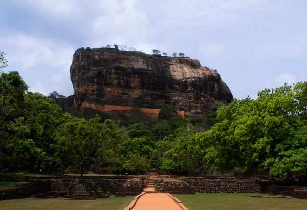 sigiriya-lion-rock-sri-lanka-travel