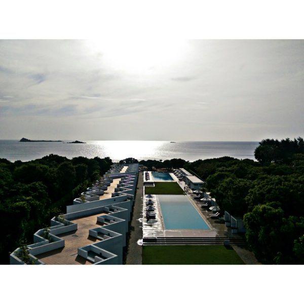 view-of-the-indian-ocean-resort-along-the-nilaveli-beach