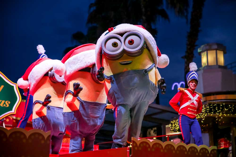 hollywood-christmas-gift-show-minion-uss