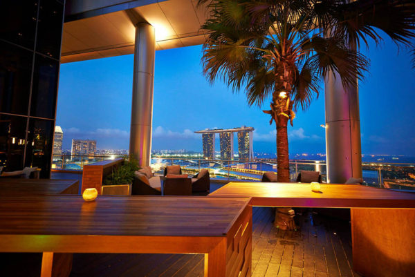 me at OUE rooftop bar singapore