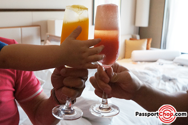 shangri la timeout staycation bellini hour prosecco in room