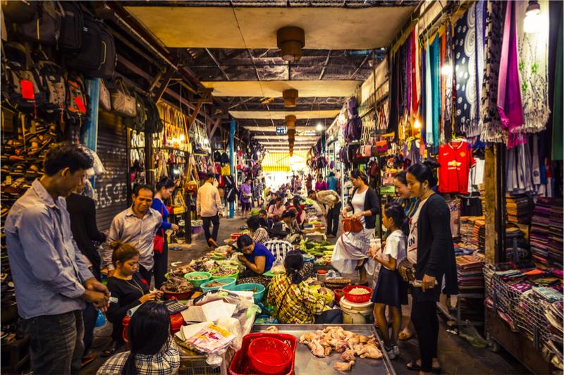 night market cambodia pub street