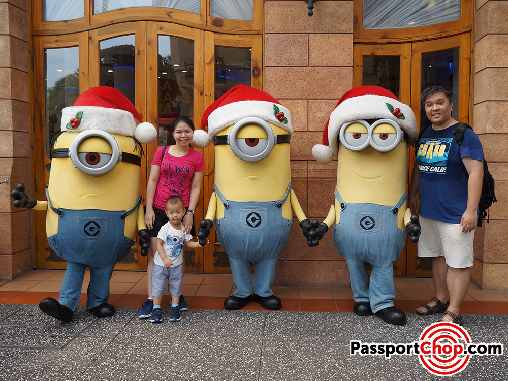 meet the minions and gru universal studios singapore