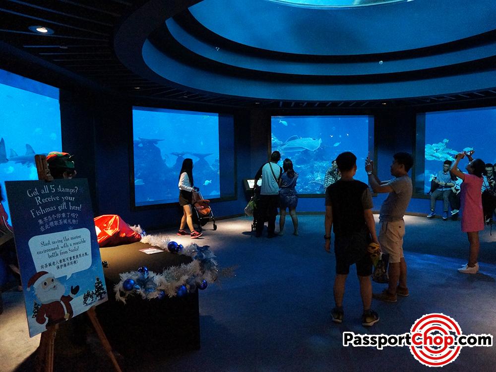 ocean dome game merry fishmas sea aquarium